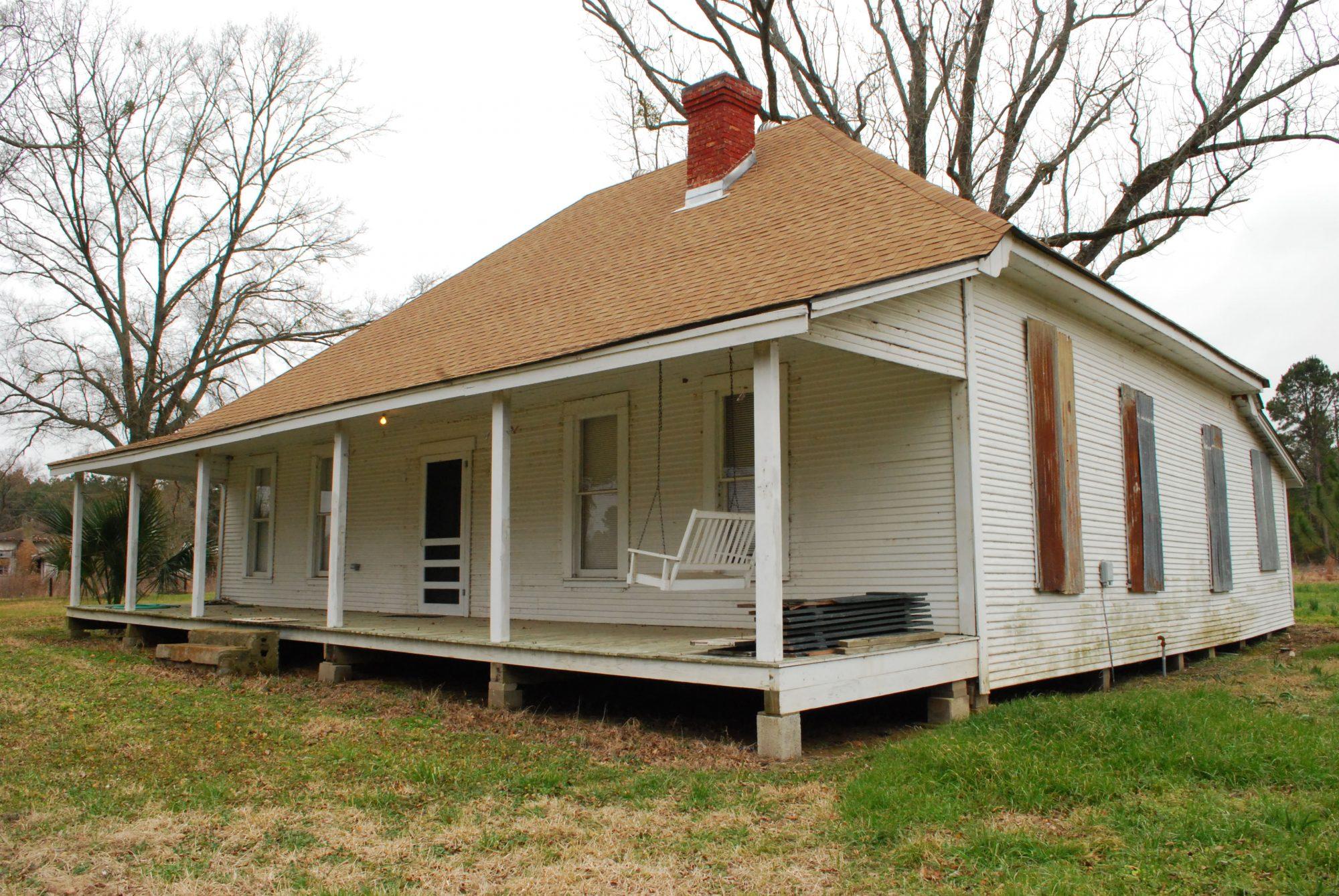 Miss Lous House